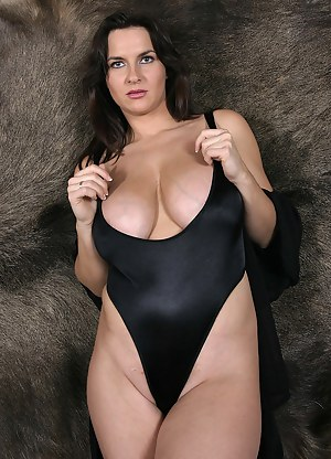Swimsuit Porn Pictures